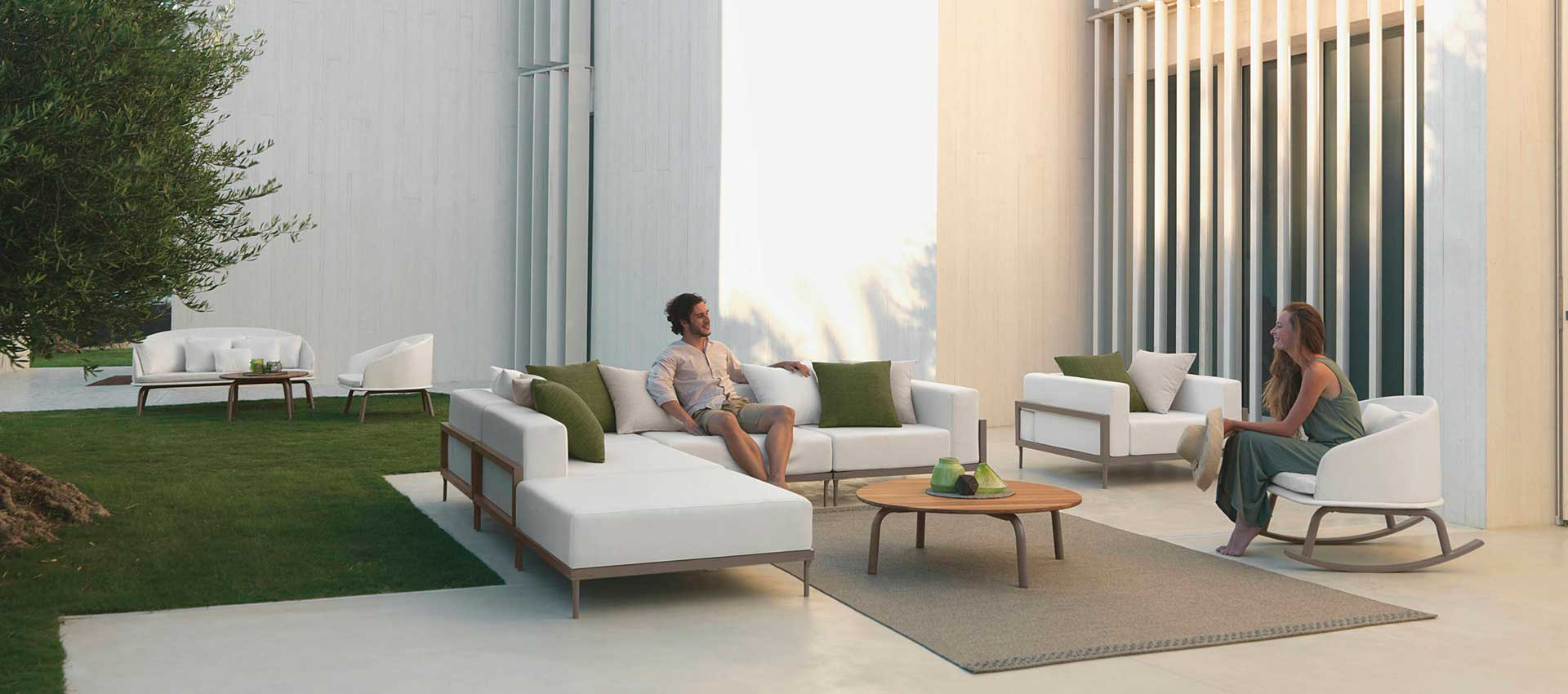 Outdoor sofas - armchairs - coffee tables