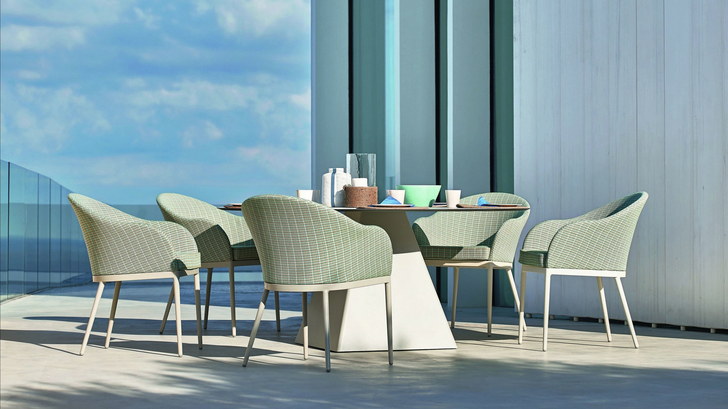 Outdoor tables - dining armchairs