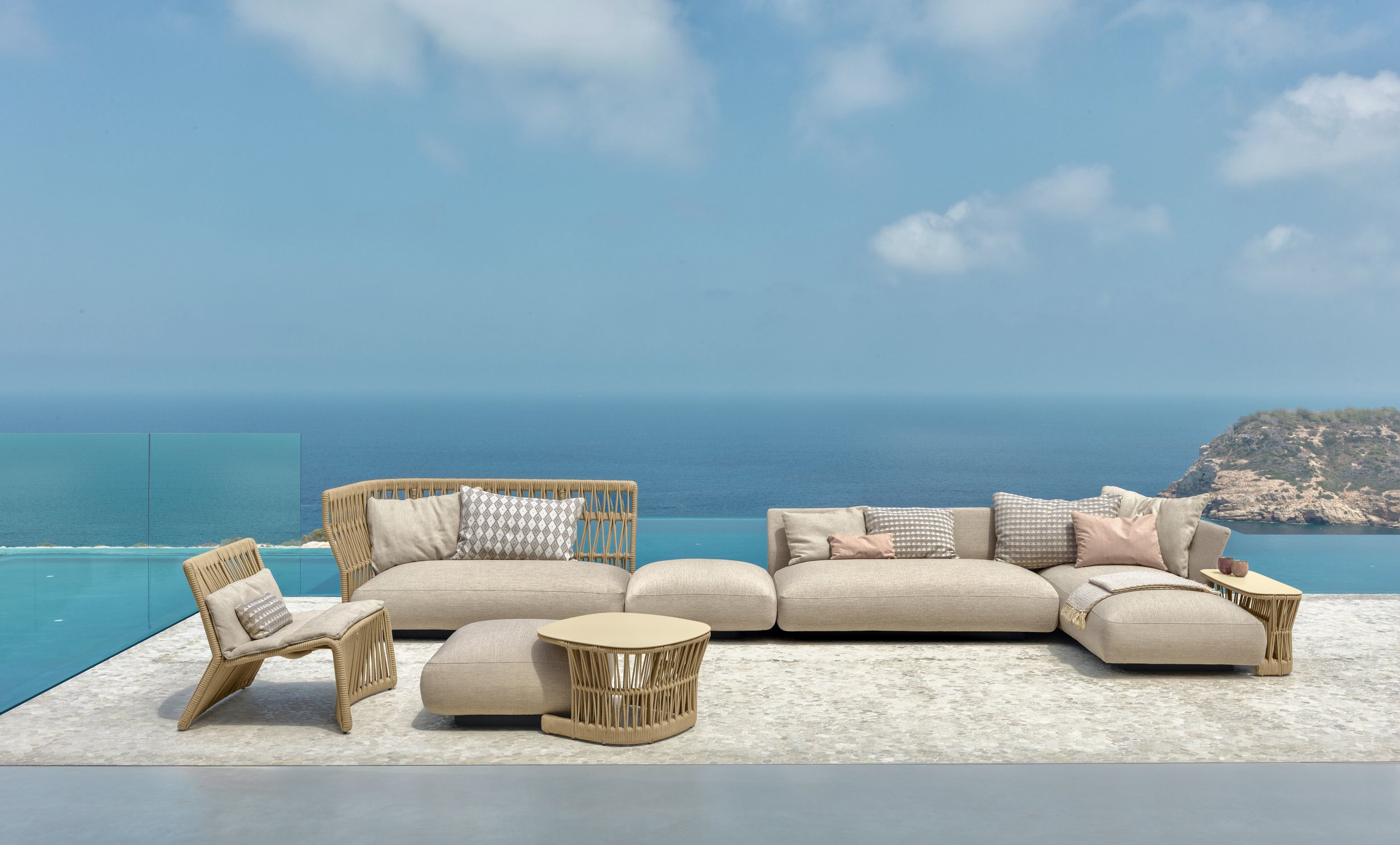 Outdoor Sofas - Ottomans - Armchairs - End Tables