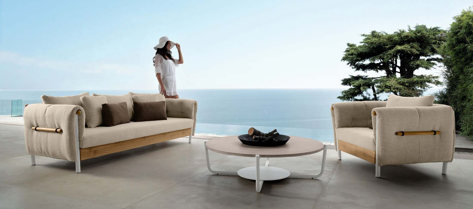 Outdoor Armchairs - Sofas - Coffee Tables