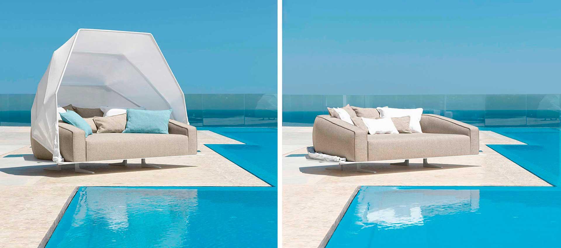 Outdoor Sofas - Sunbeds - Umbrellas