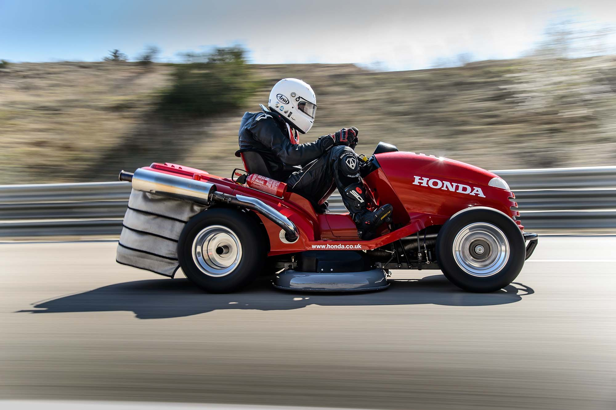 Honda-HF2620-Mean-Mower-lawnmower-land-speed-record-11.jpg