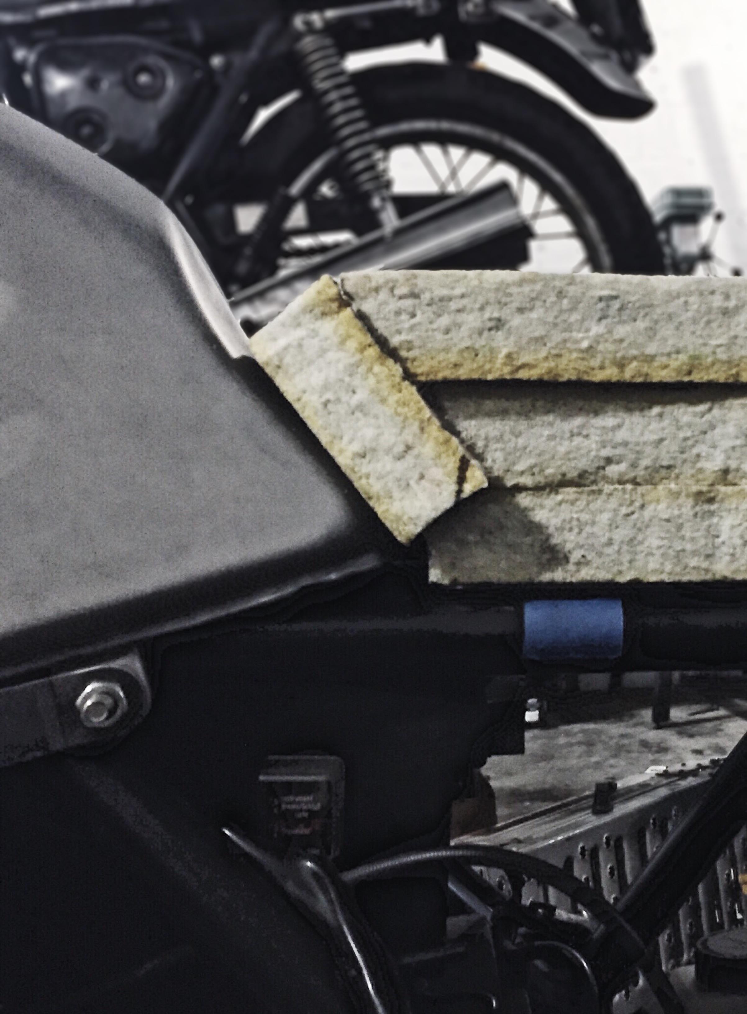 Custom Motorcycle Seat Foam Carving_Moto-Mucci 3