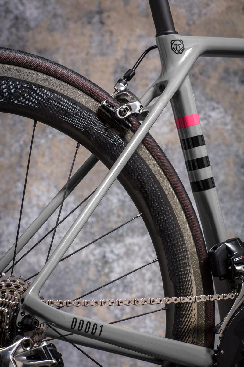 Canyon_Ultimate_SLX_bikes_RCC_03.jpg