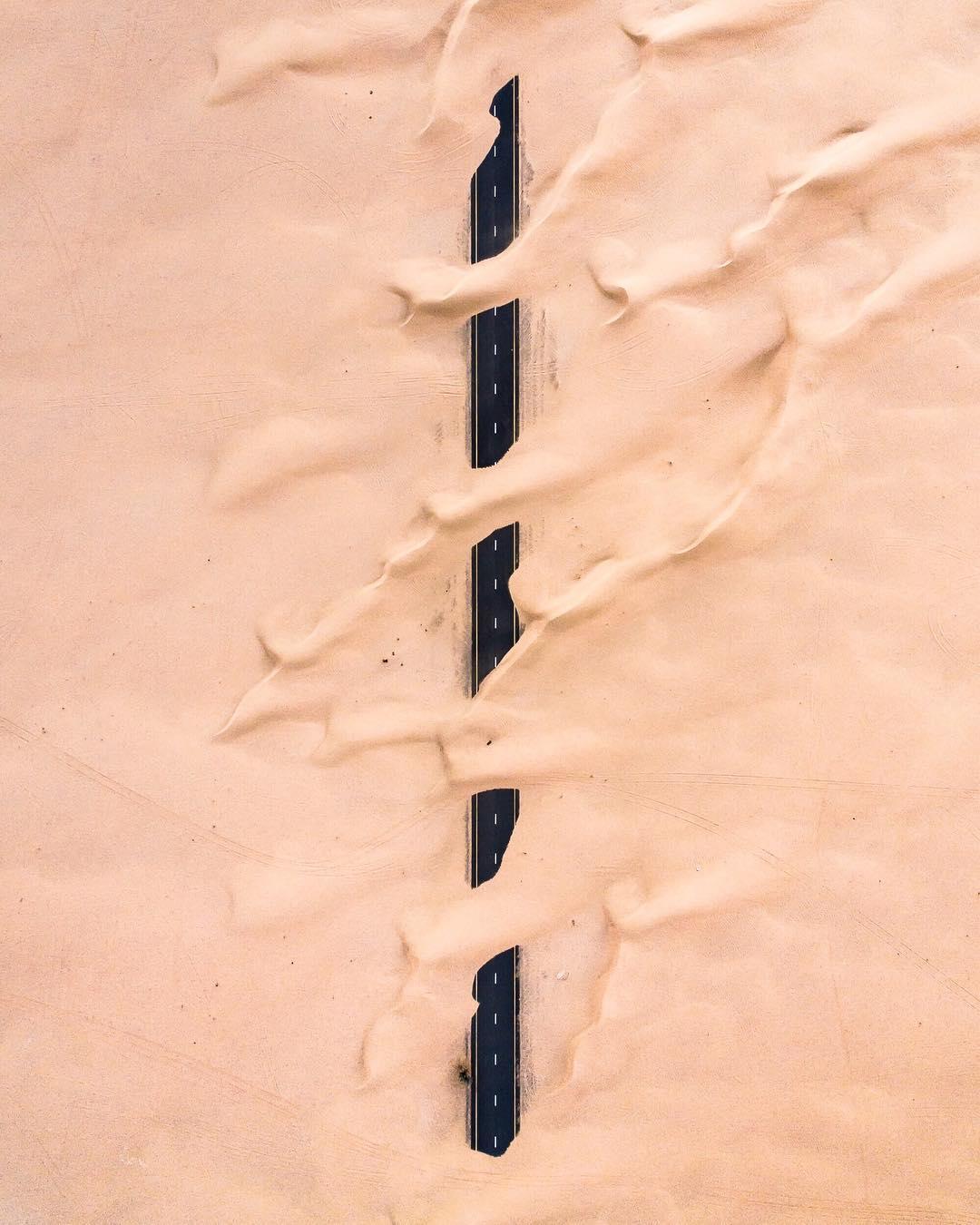 Irenaeus_Herok_Sandswept_Dubai_Highways_Moto-Mucci (8).jpg