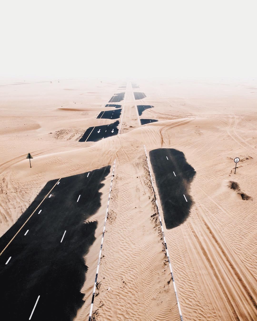 Irenaeus_Herok_Sandswept_Dubai_Highways_Moto-Mucci (7).jpg