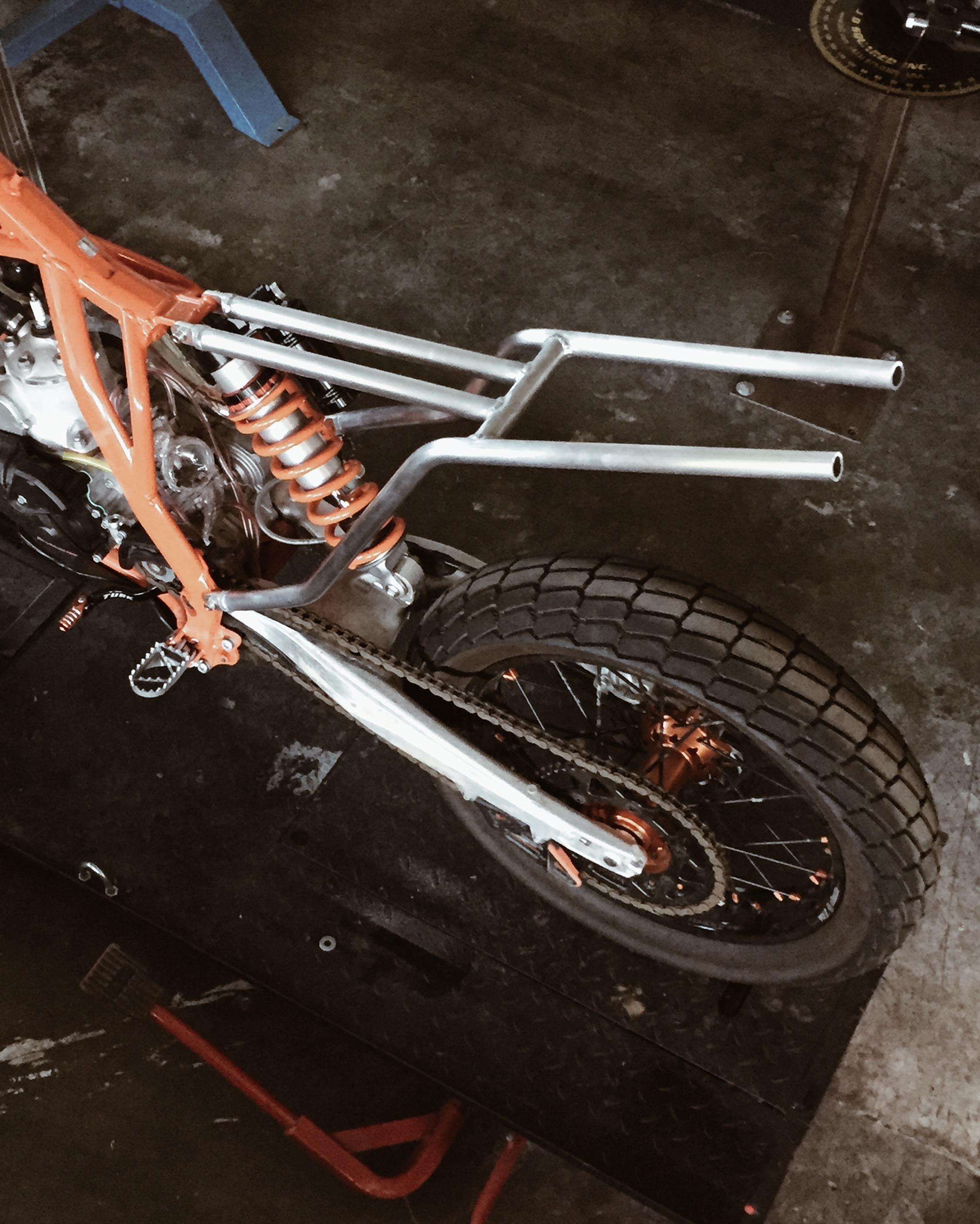 Moto-Mucci_Custom_KTM_300_Build (26).jpg