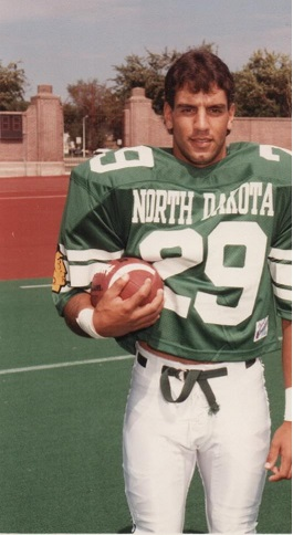 Troy Ismir-football at UND, Grand Forks, ND-19851.jpg