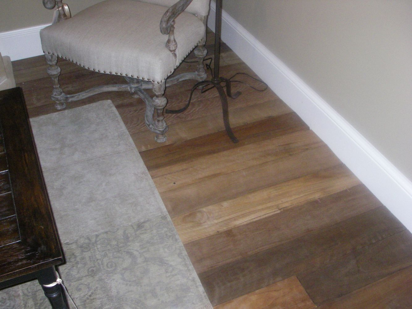 20140324043417221_website_pre-finished-engineered-t--g-flooring_EngineeredFloorLimedoak220.jpg