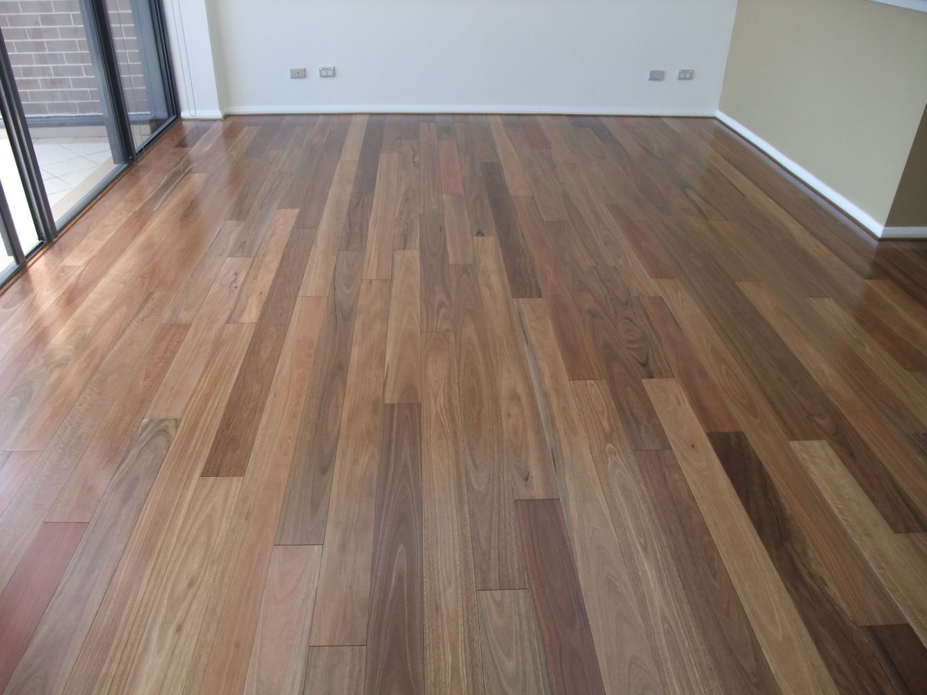 20140324043417221_website_pre-finished-engineered-t--g-flooring_SpottedGumEngineeredTG20.jpg