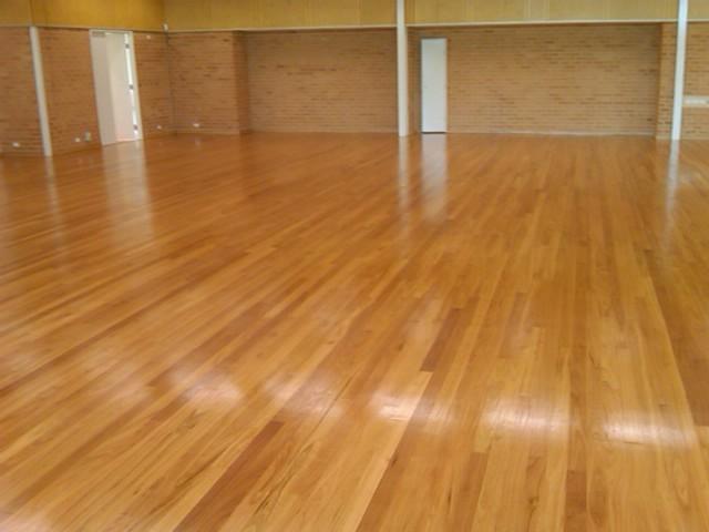 20140324043417221_website_sports-floors_BlackbuttTGinschoolhall20.jpg