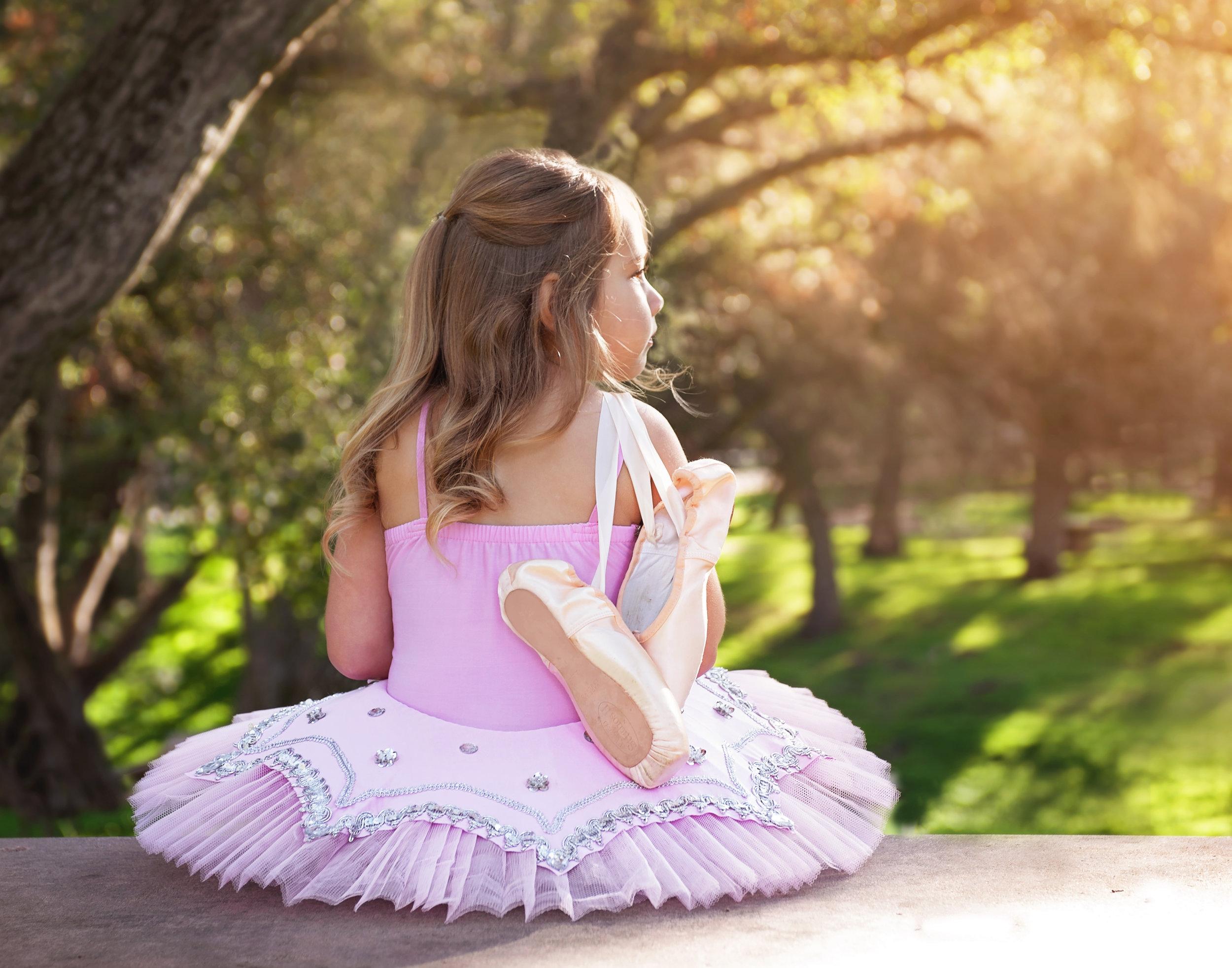 ballerina-outdoor-fallbrook-bonsall-park-school-photography-photographer