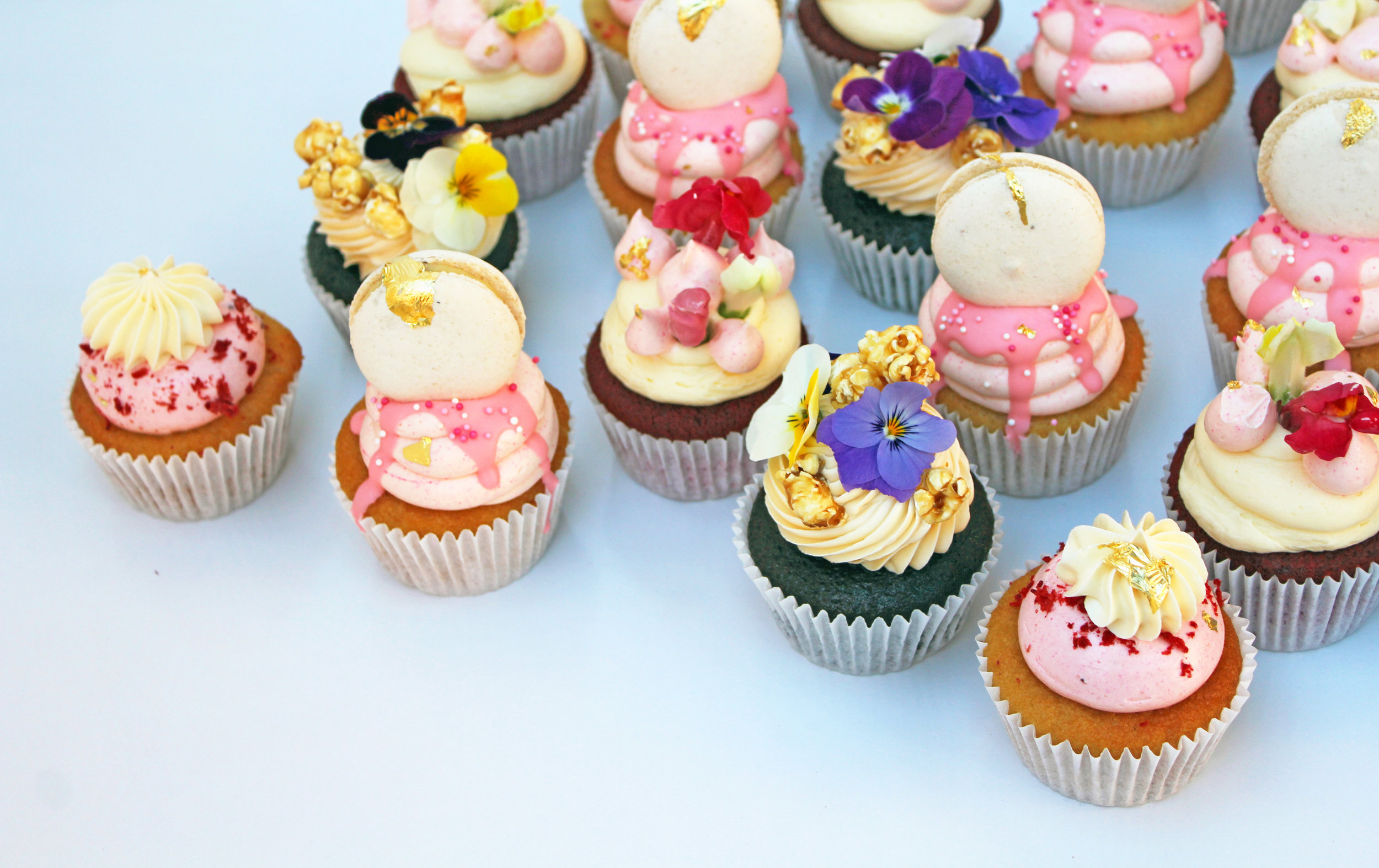 EXCLUSIVE CUPCAKES