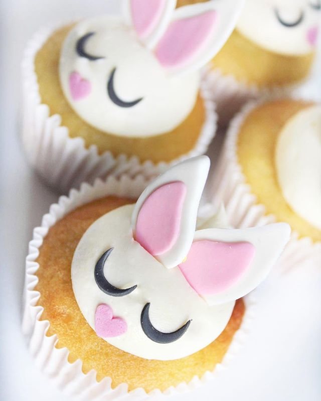 Easter bunny cupcakes all day long! #easter #missmollyscakes #melbournesbestcupcakes