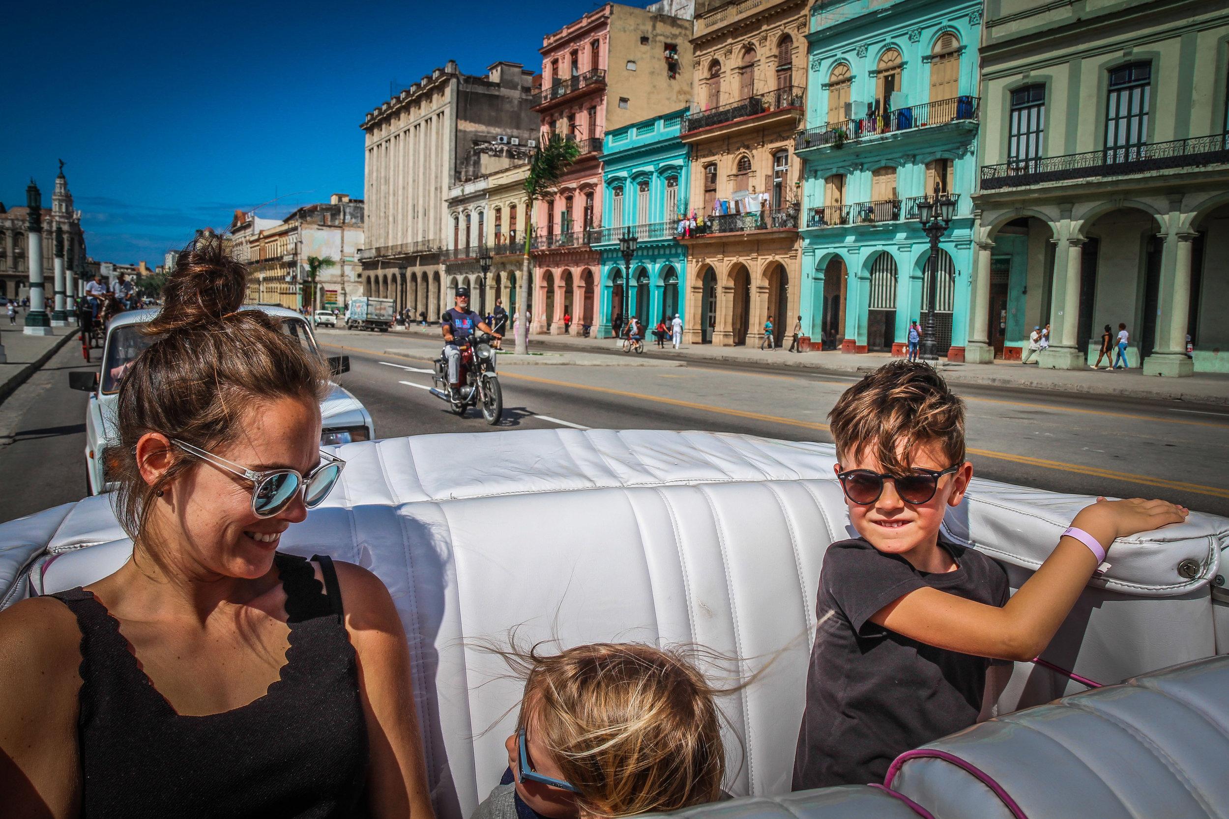 Rit door havana met kinderen - Cuba
