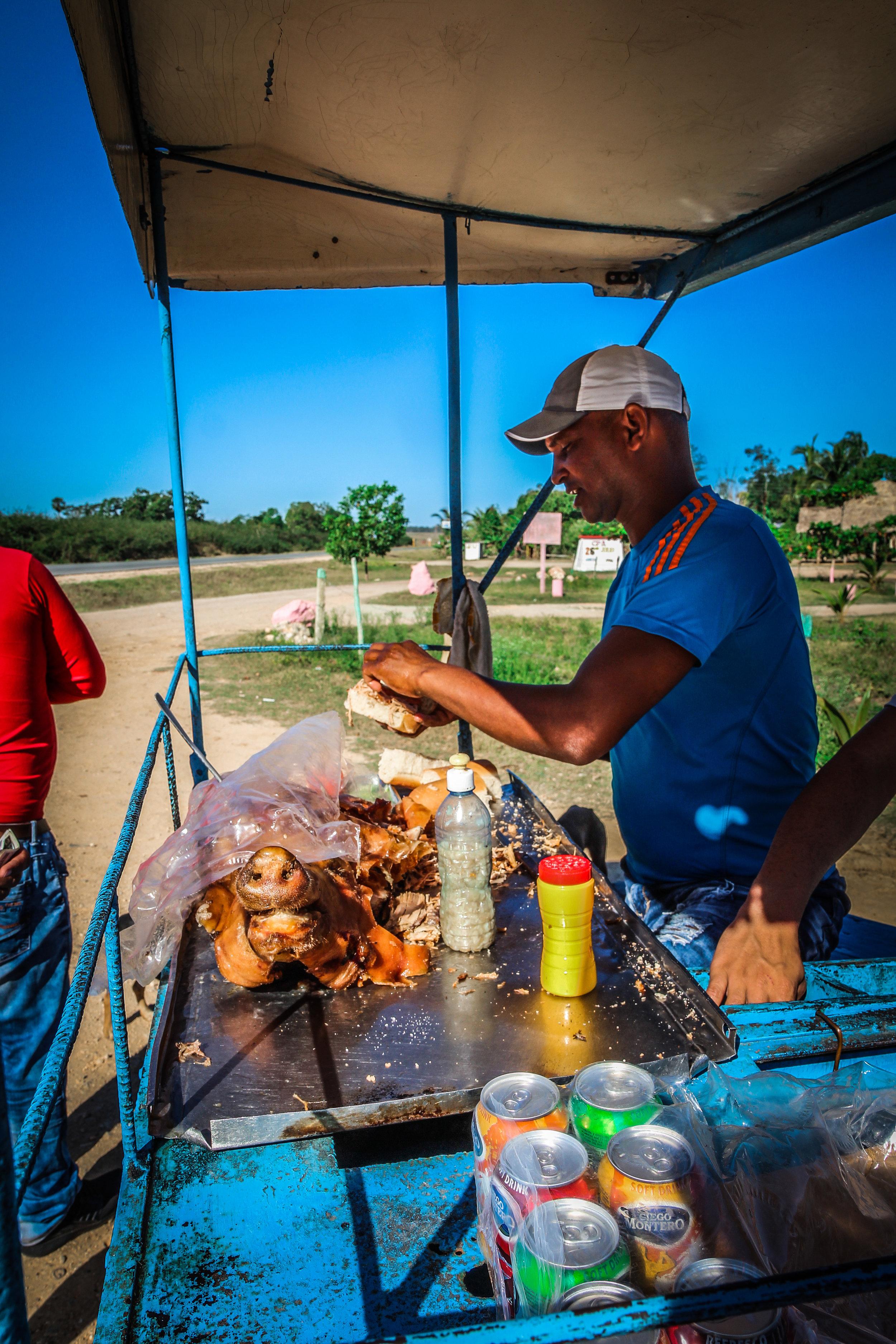 Lechon asado con mojo -Onderweg naar Trinidad cuba