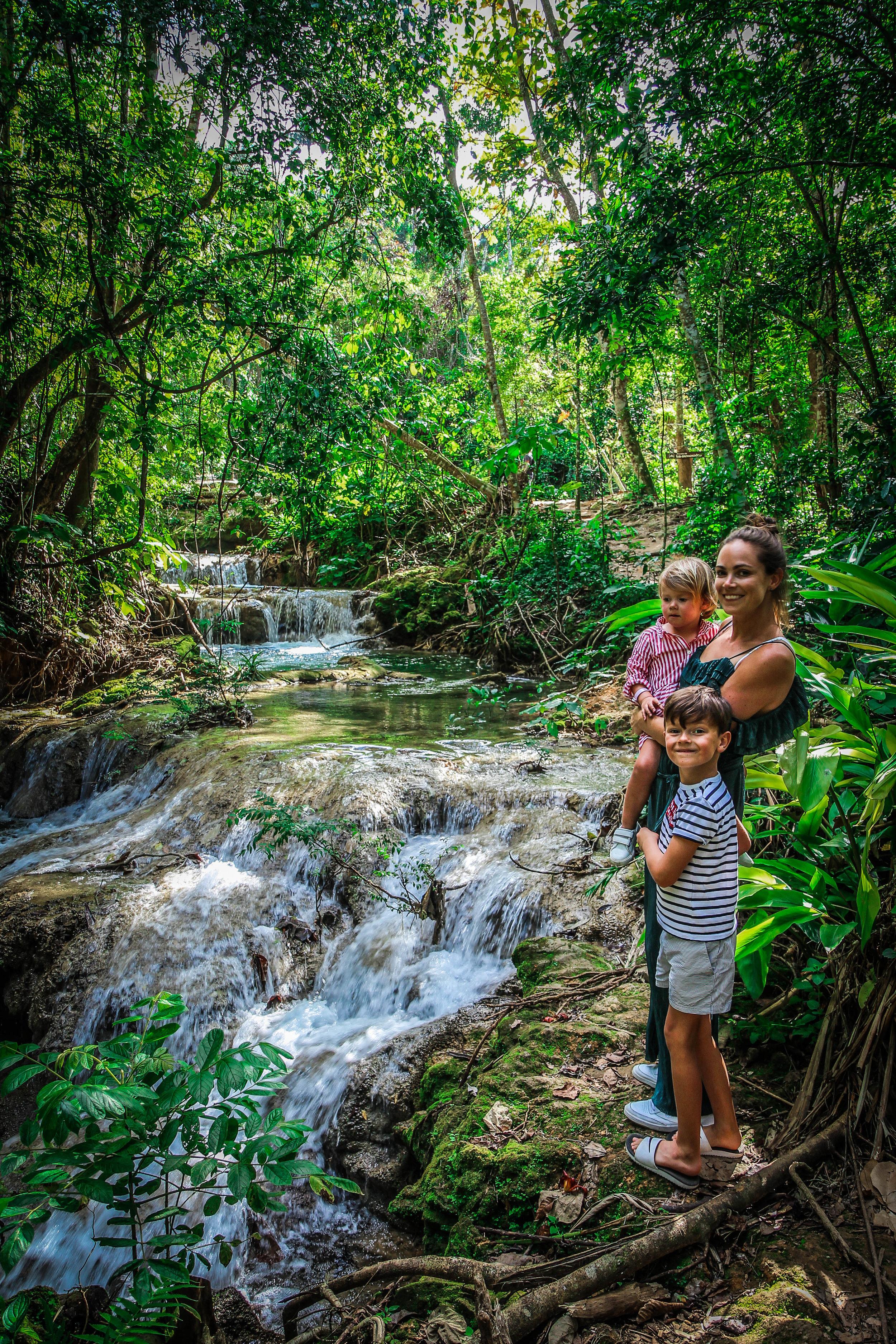 El Nicho - Watervallen cuba - kinderen reizen mee