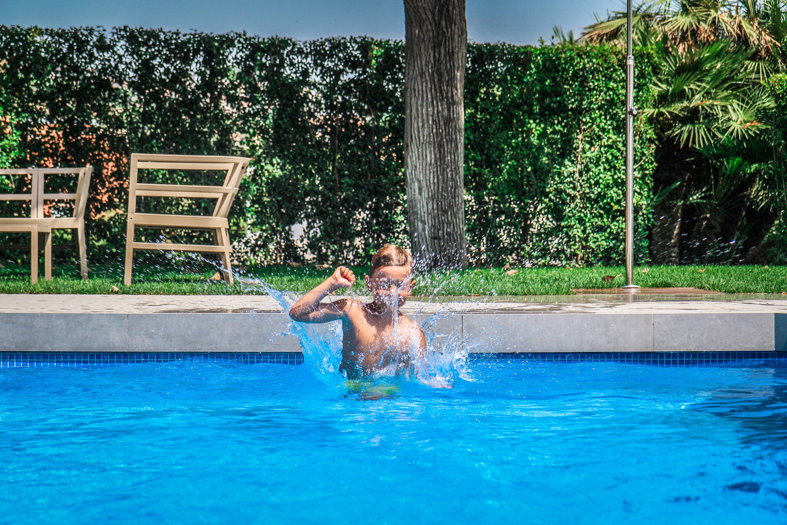 Arrey Alella Hotel - Zwembad jump