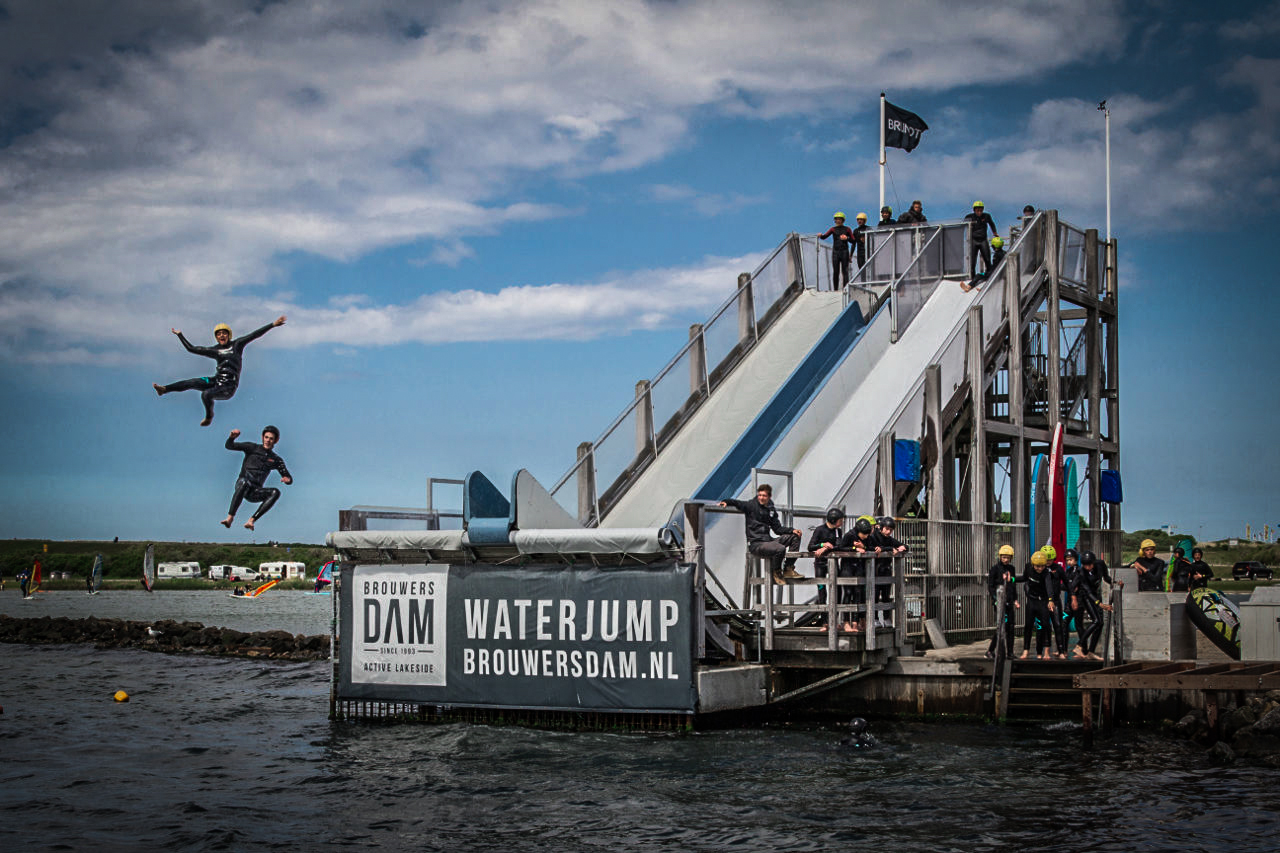 Brouwersdam - waterjump