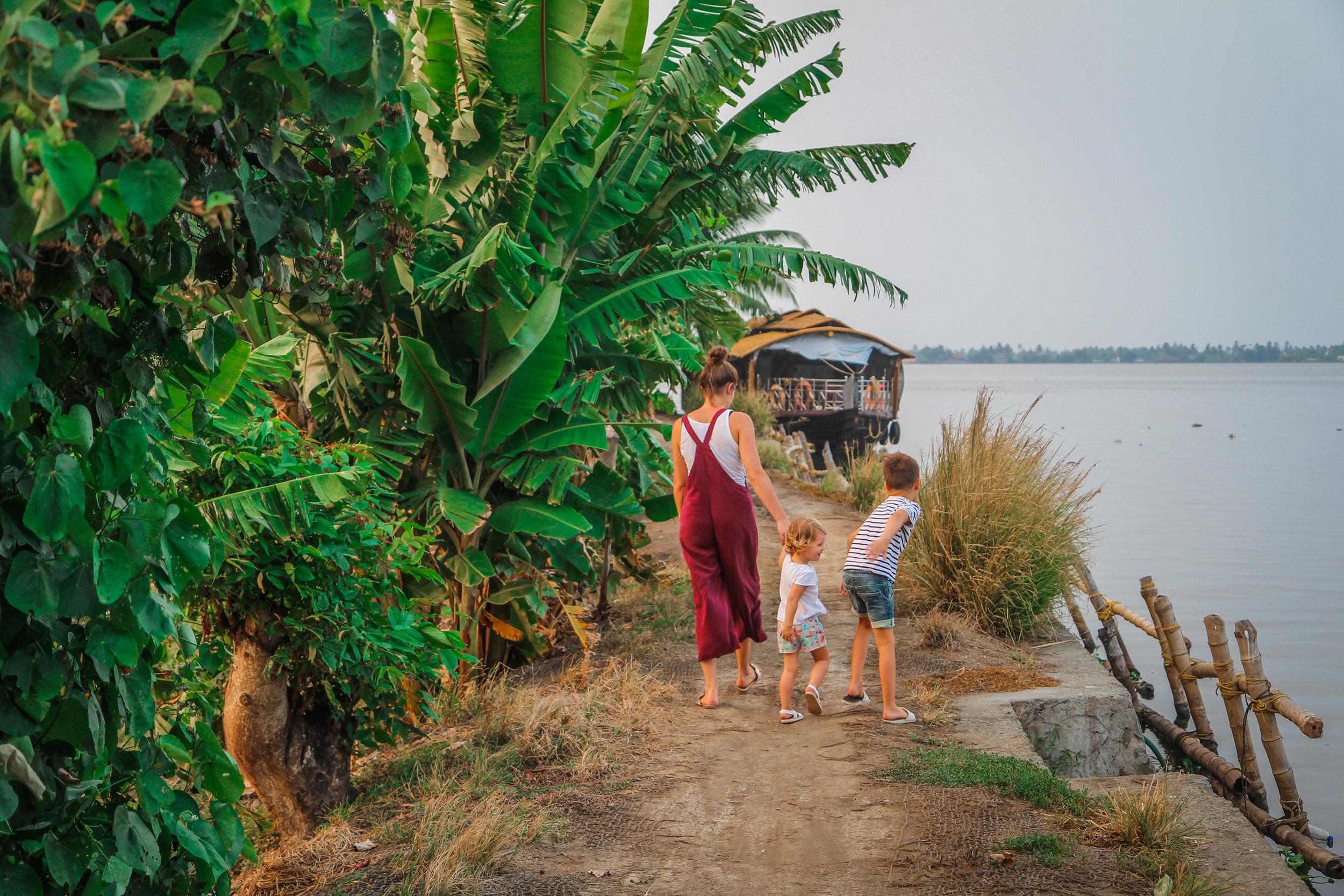 withkidsontheroad_Kerala_houseboat---26.JPG