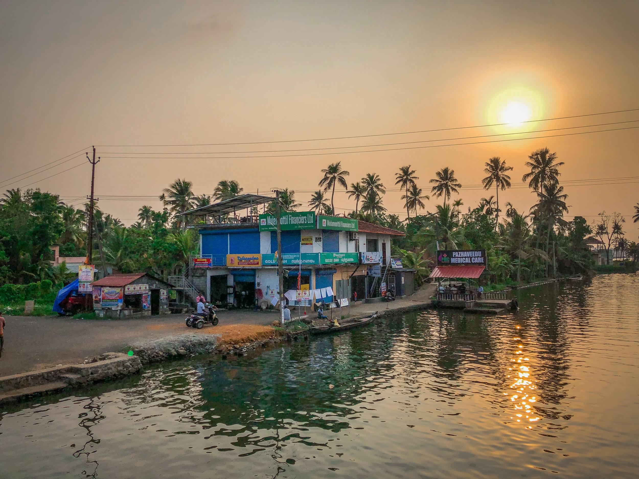 withkidsontheroad_Kerala_houseboat---40.JPG