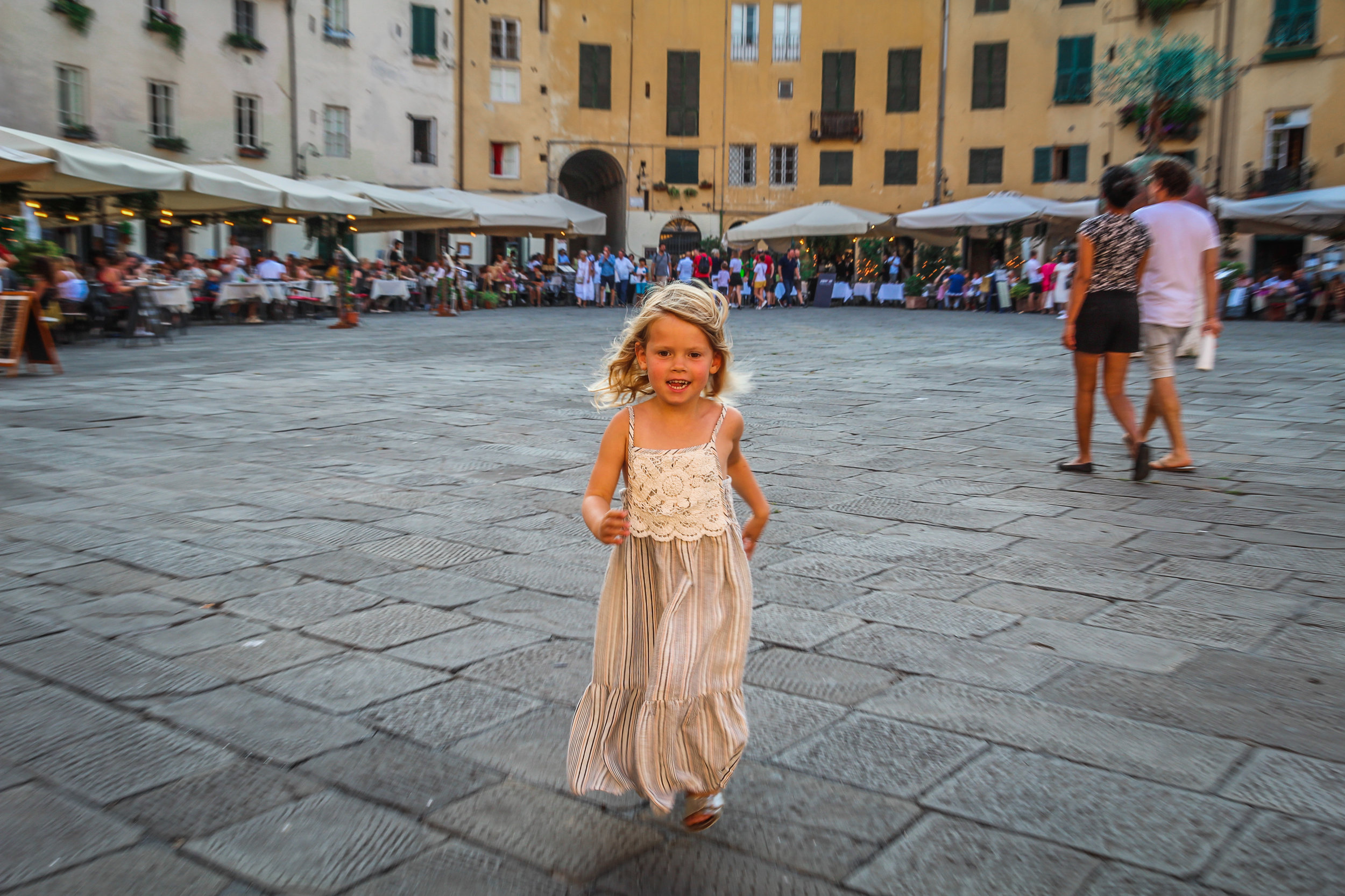 Lucca_withkidsontheroad-11.jpg