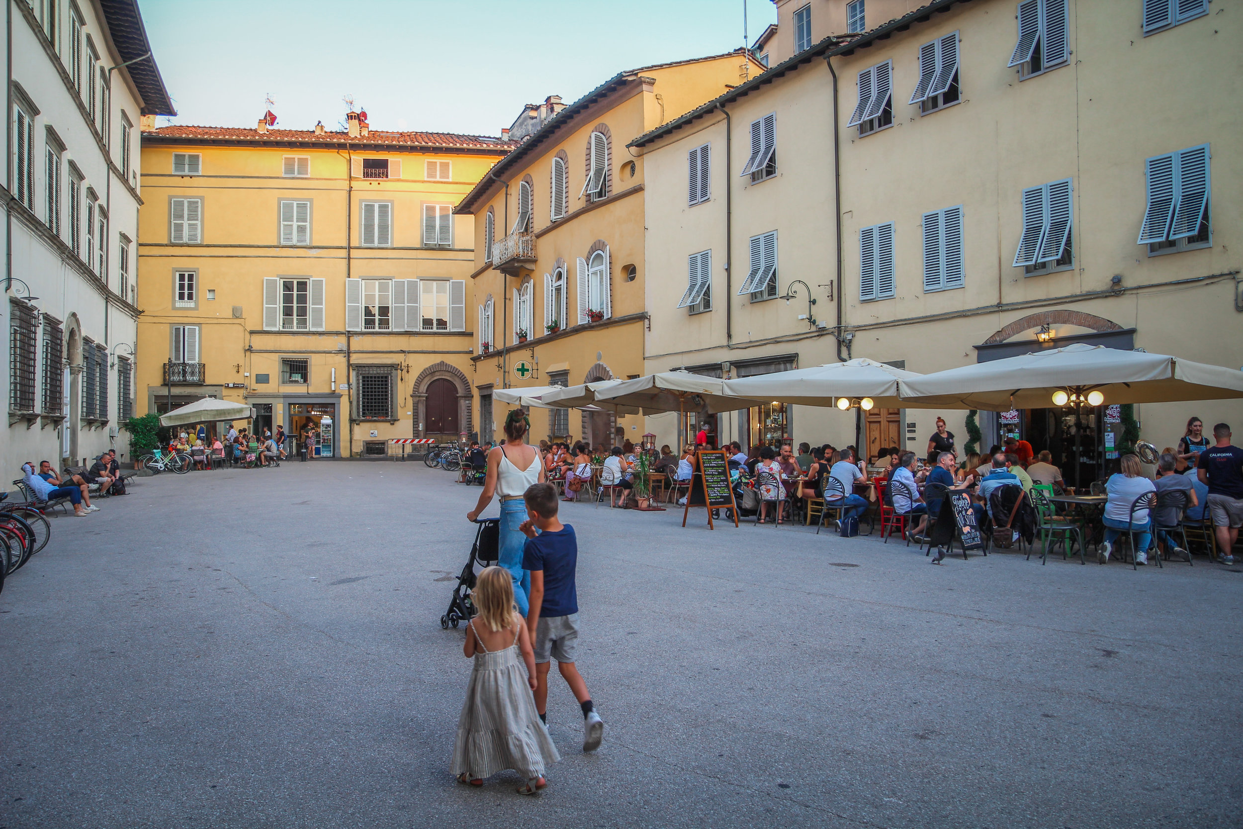 Lucca_withkidsontheroad-27.jpg