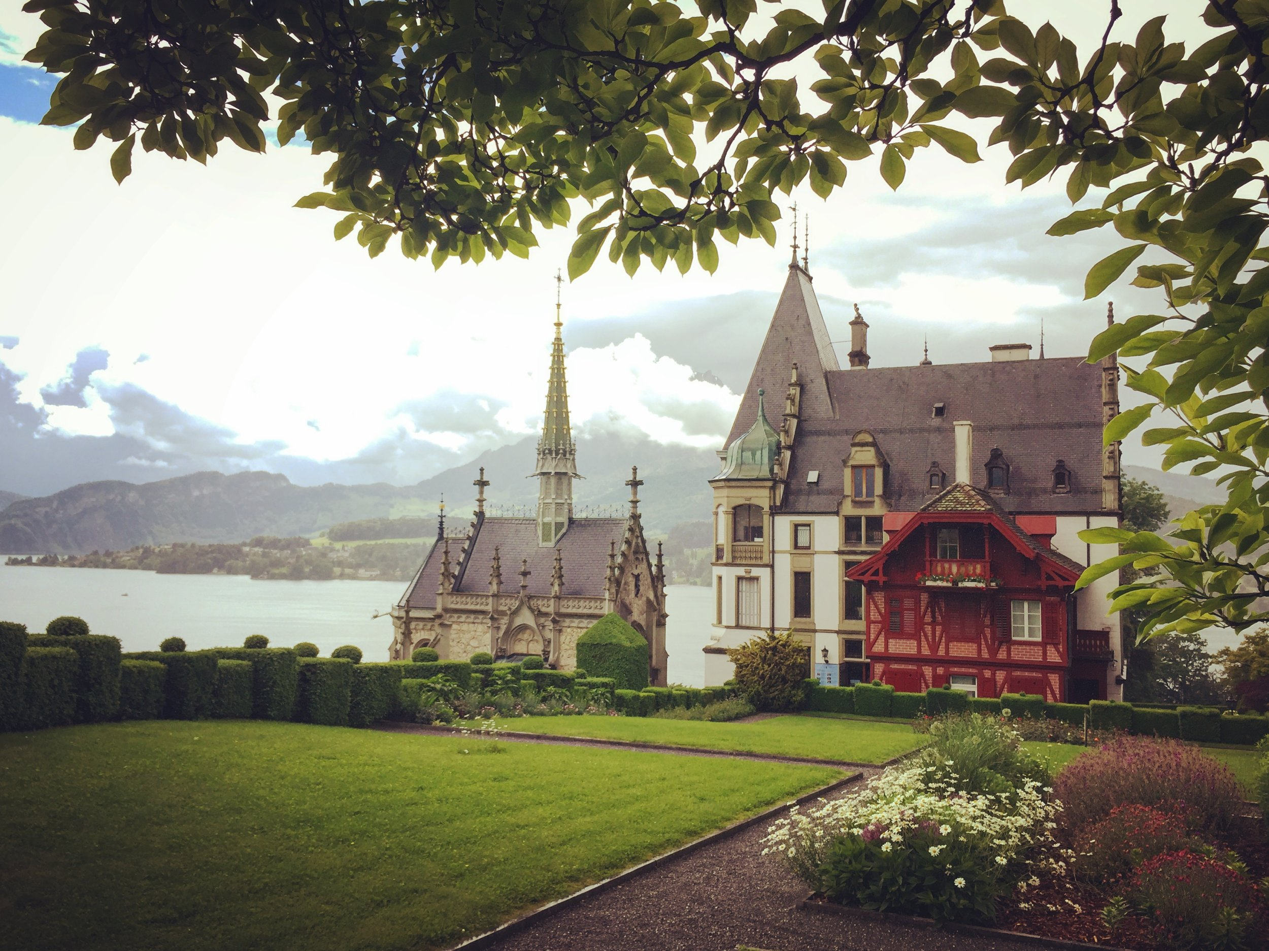 Meggen Schloss  is another magical location outside Luzern, this little castle sits on the shore of Lake Luzern, surrounded by a vineyard and a small farm. We actually had our civil ceremony there so it holds a special place in my heart. It's also one of my favorite destinations when we go for a long walk, since you can follow the paths along the lake the entire way to get there.