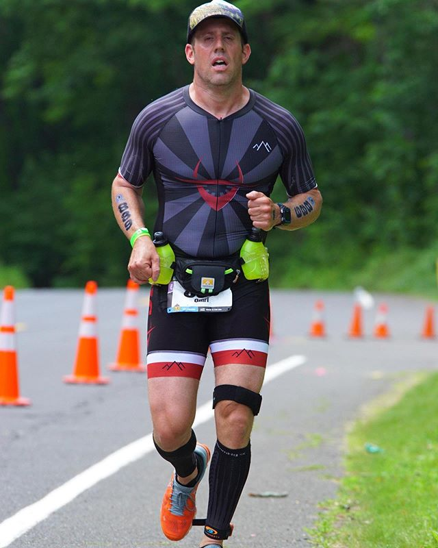 Here's what pain looks like. Quassy 70.3 last June, when I was in the midst of a terrible IT band issue that flared up on mile 4 of the 13.1 run. Run/walk/run/walk/walk/walk...This race has since been bought by @ironmantri and I'm coming back Sunday for redemption. #painface #ironman703 . . . #ironmantraining #triathlon #swimbikerun #endurance #ironmantri
