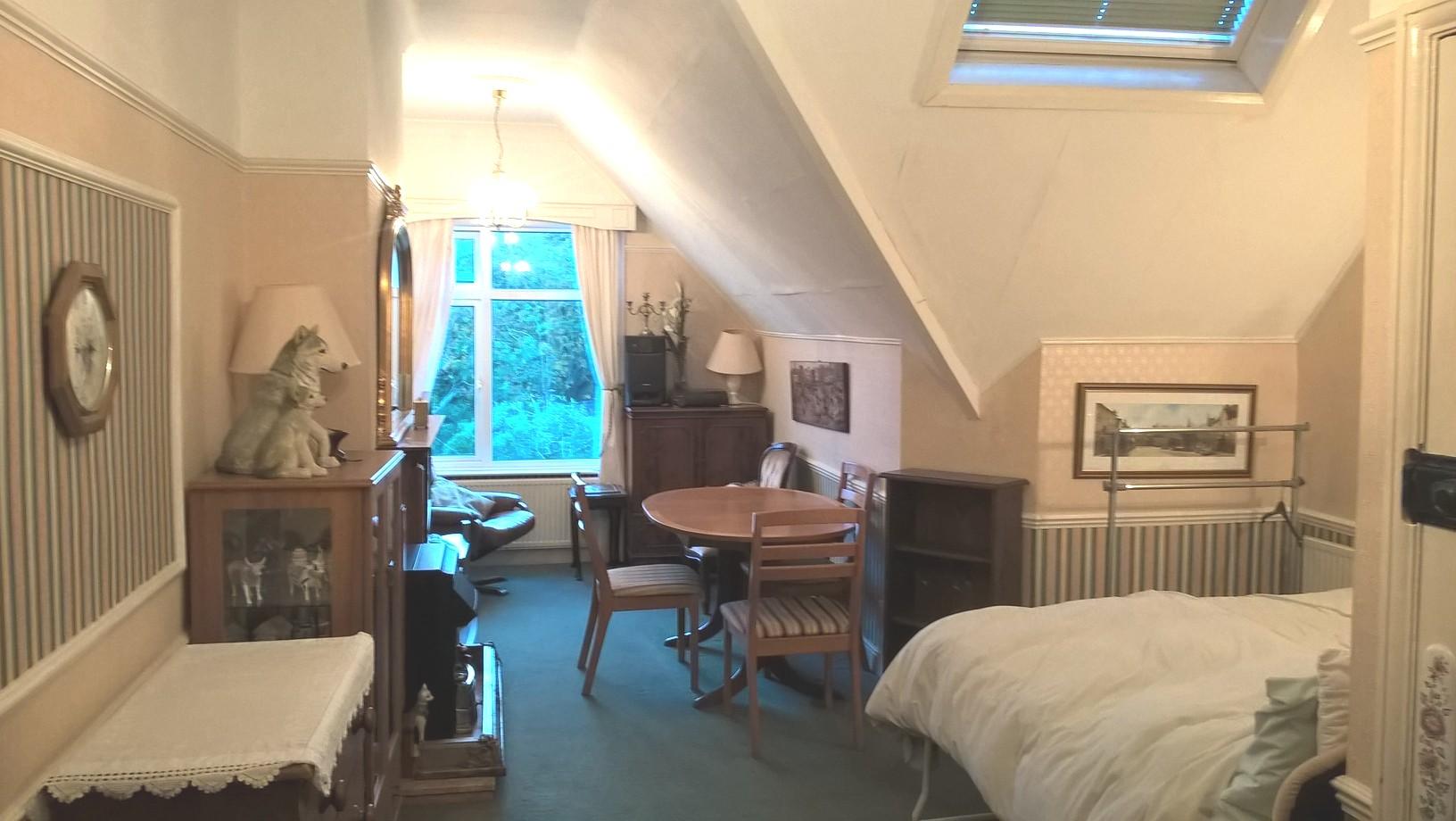 loft suite big room.jpg