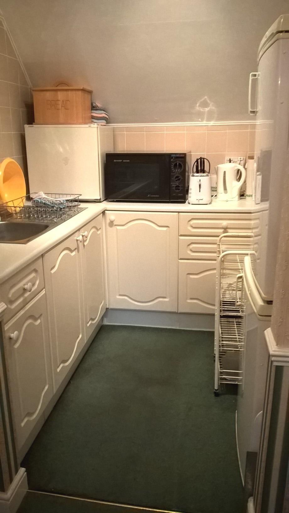 Papillon kitchen.jpg