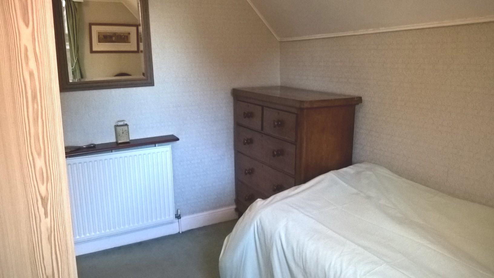 single bed chest.jpg