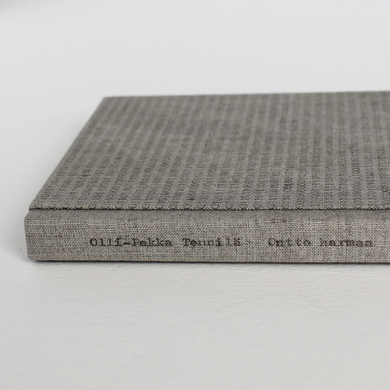 Designer binding by Kaija Rantakari, 2017. A variation of the sewn boards binding with typewritten binary code linen covers and pink leather spine lining. The book Ontto harmaa is a Finnish poetry book by Olli-Pekka Tennilä.