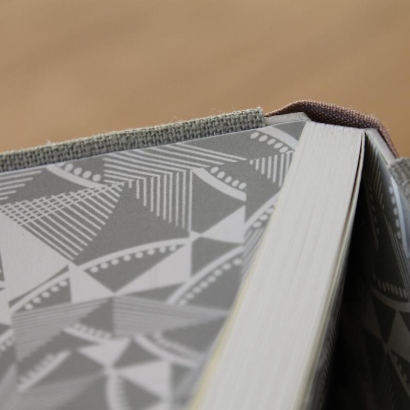 large-linen-sewn-boards-binding-6.jpg