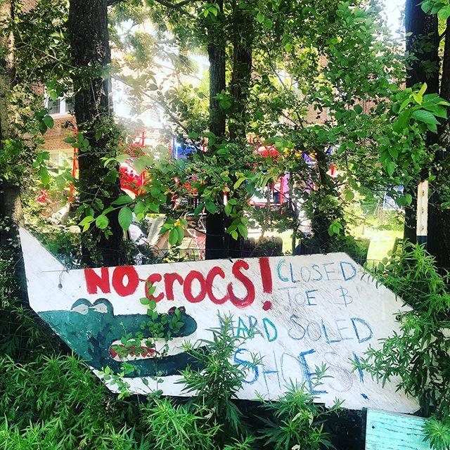 @kyletherrien ain't allowed in this playground 😭  #crocs #crocsandsocks @crocs #nocrocs #karisowen #governorsisland
