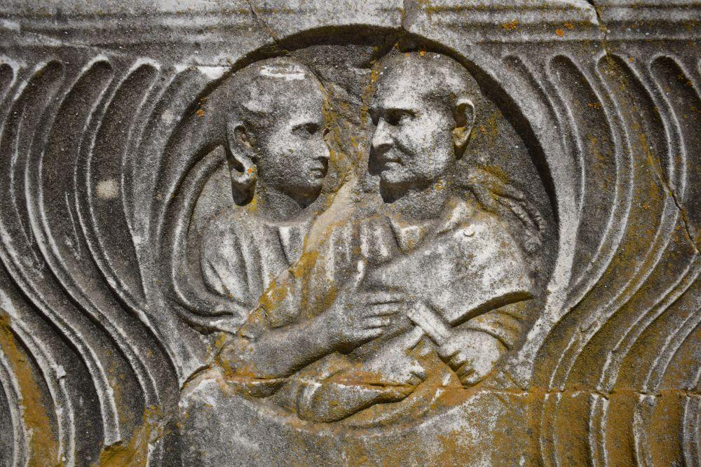 Tacitus sarc 5
