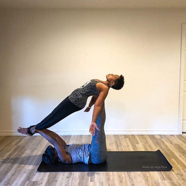 We rise by lifting others. 🙏🏾 . . #yogaeverywhere #sandiegoyoga  #sandiego #yoga #lemongrove #sdyoga  #yogacommunity #californiayoga #yogalife #yogaforall #yogaforeverybody #igyoga #igyogacommunity #namaste #yogapractice #colorsofyoga #shadesofhealth #melaninandyoga #blackgirlsrock #blackgirlyoga #blackyogini #yogapath #yogisofcolor #namaslay #acroyoga #yogaover60 #blackyogasuperstars #blackownedyogastudio #blackownedbusiness #yogastudio