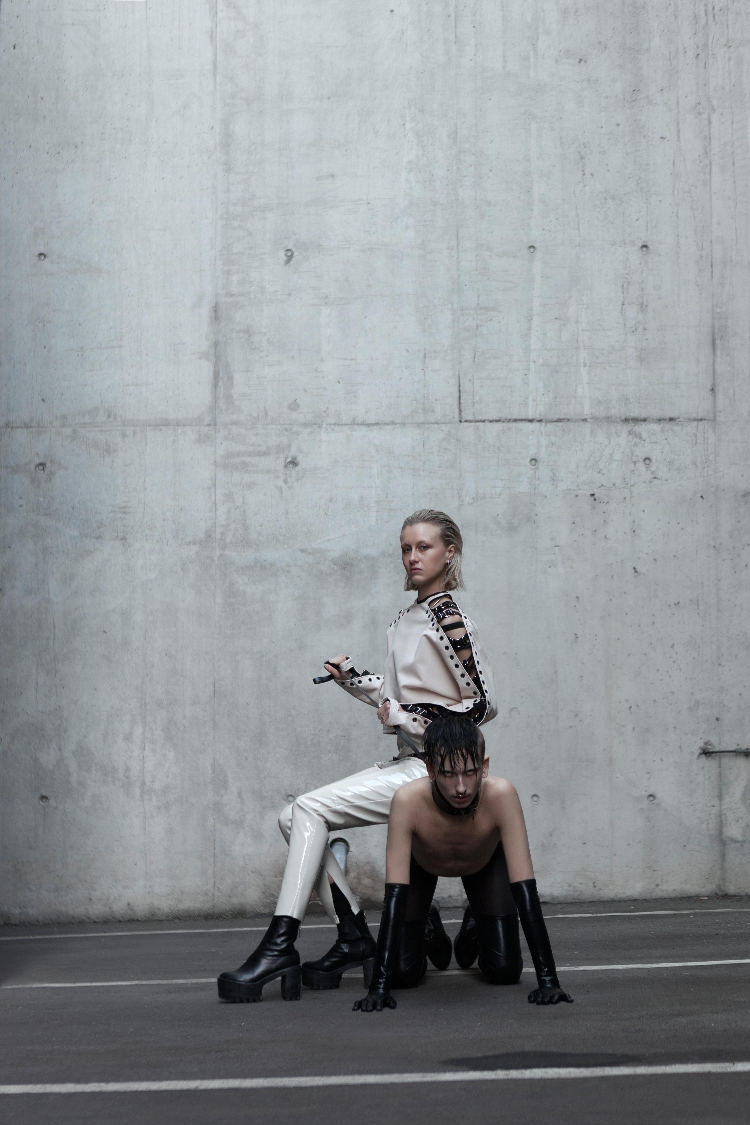 bluse-blouse-hose-trouser-ebru-berkiden-fashion-mode.jpg