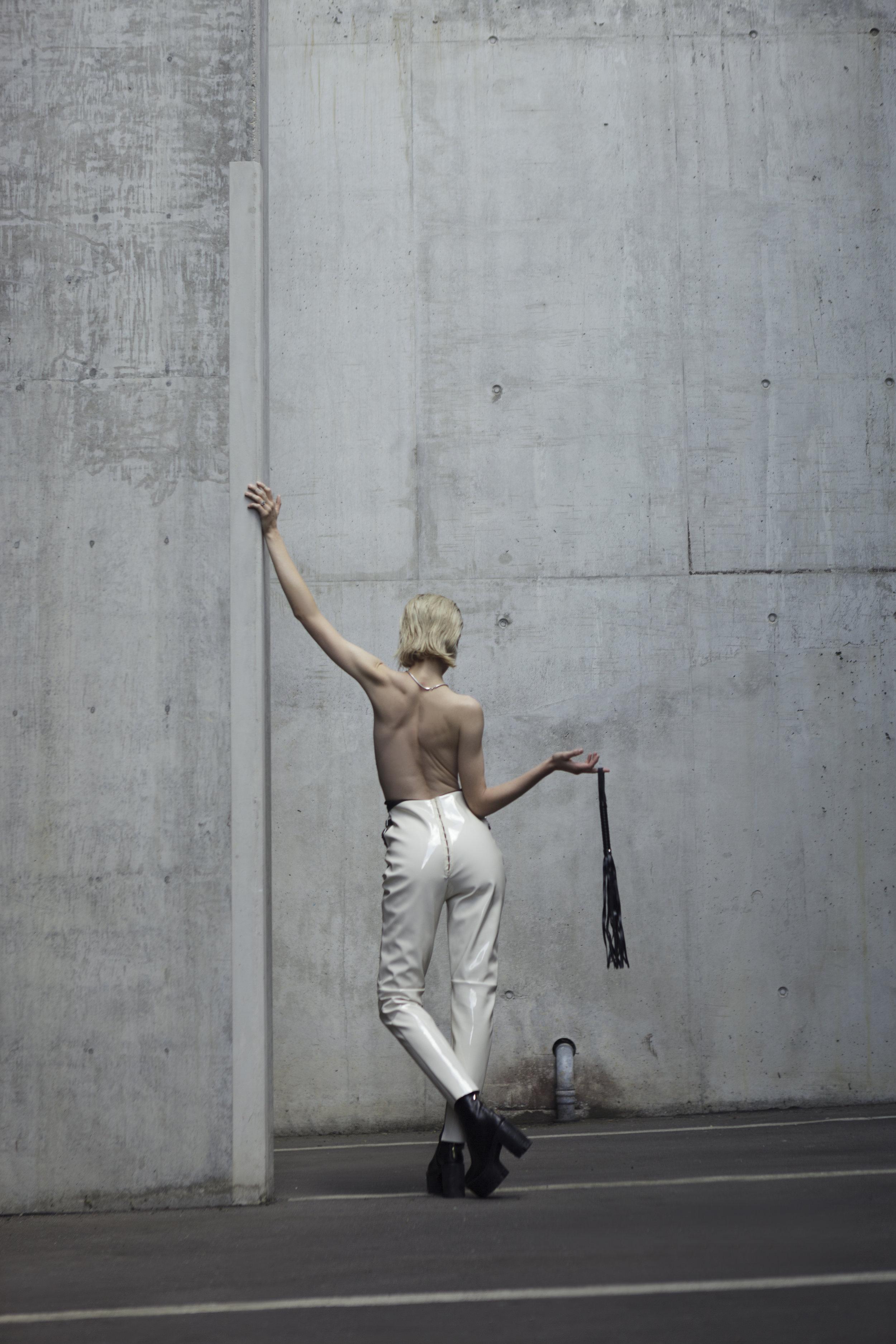 Back-Fashion-Mode-High-Waist-Trouser-Hose-Lack.jpg