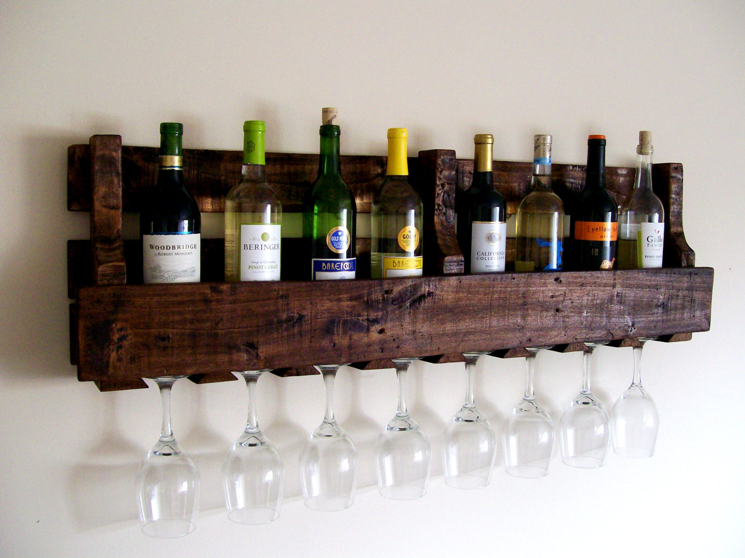 Pallet Wood Wine Rack - Pinterest Woodworking Projects