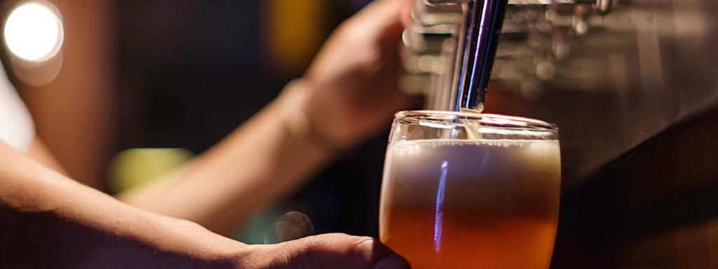 Draft-craft-beer-at-Cactus-Taproom-Peoria-Arizona.jpg