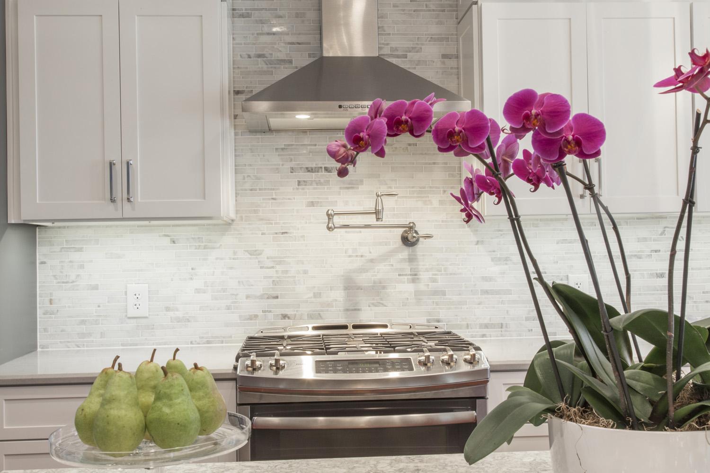vanech-kit-gray-white-orchid2.jpg