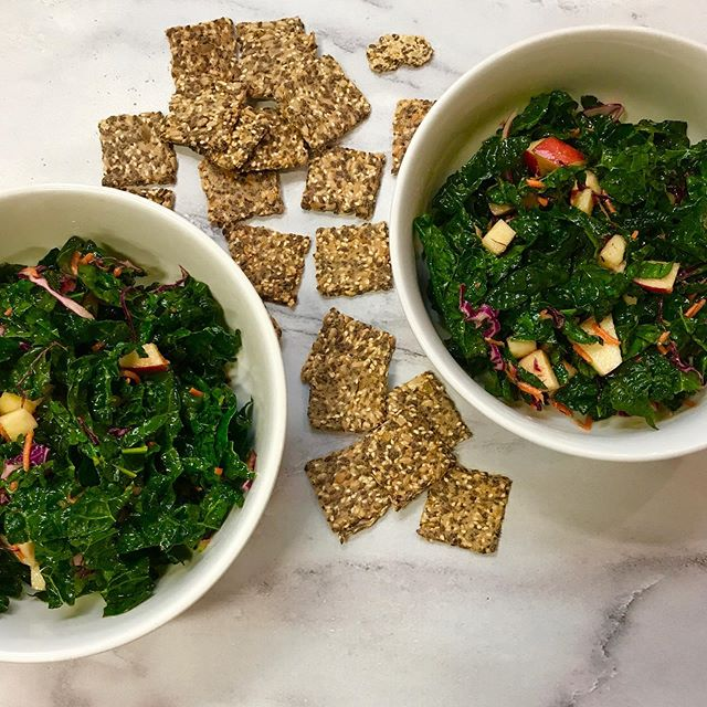 It was a 🥗 & cracker kind of dinner . . . #kale #paleo #cultcrackers #crackers #paleodiet #paleomeals #cleaneatingrecipe #salad #🥗 #kalesalad #goodfat #nutrientdense #food #instafood #foodstagram #glutenfreeblogger #paleosnack #veganfoodlovers #vegansofinstagram #glutenfreevegan #veganfood #feedfeedvegan #healthysnacks