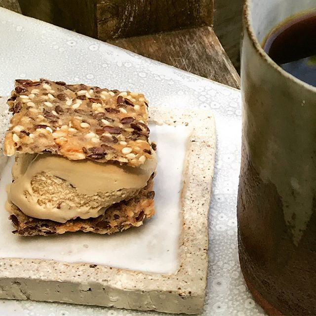 Ice cream cracker sandwich for a beautiful weekend . . . . . . . . . . . . . . . . . . #cultcrackers #vegan #icecream #veganicecream #eatwellbewell #icecreamtime #sweetime #grainfree #glutenfreeeats #grainfreevegan #grainfreesnacks #coffe #plantbased #f52 #paleo #veganicecream #veganicecreamsandwich #glutenfreeicecreamsandwich #delicious #coconuticecream #paleotreats #sffoodie #californiafood #plantpower #delish #snakebites
