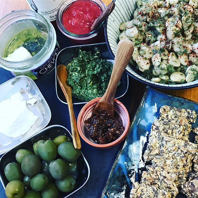Lunch . . . . . . . . . . . . . . . . #cultcrackers #bayareafoodie #glutenfreeeats #california #foodtasting #smallplates #goodfood #favabeans #favabeansalad #olives #greenilives #pesto #pestosalad #rubarb #gathering #bestcrackersever #goatcheese #vegetarian #figmostarda #gf #gfvegetarian #berkeleyfood #hotsauce #eatrealfood #womenownedbusiness