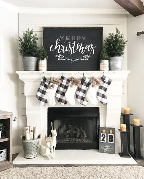 Super chic and simple way to decorate your fireplace.