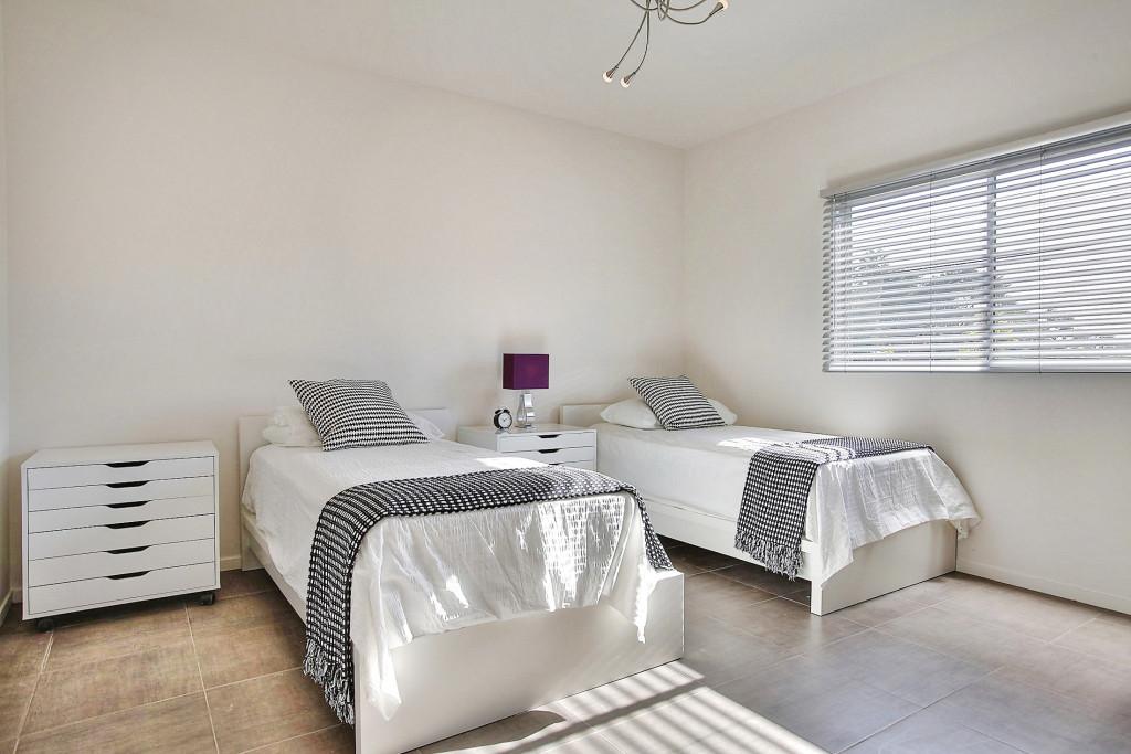 8_Campus-Flat_bedroom1-1024x683.jpg