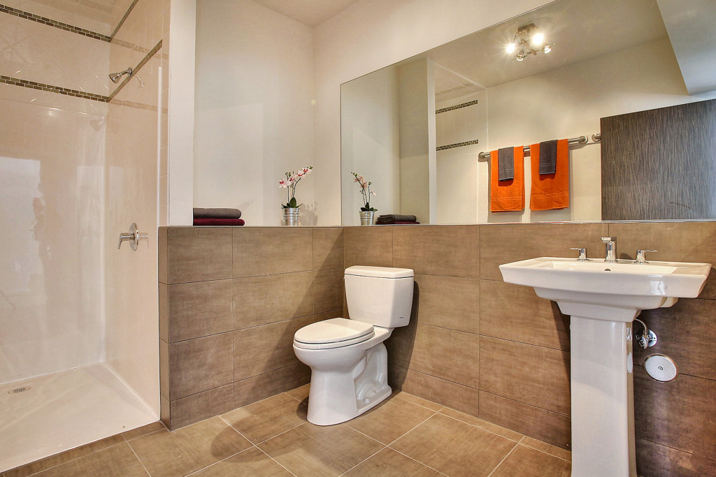 9_Campus-Flat-Bathroom1-1024x683.jpg