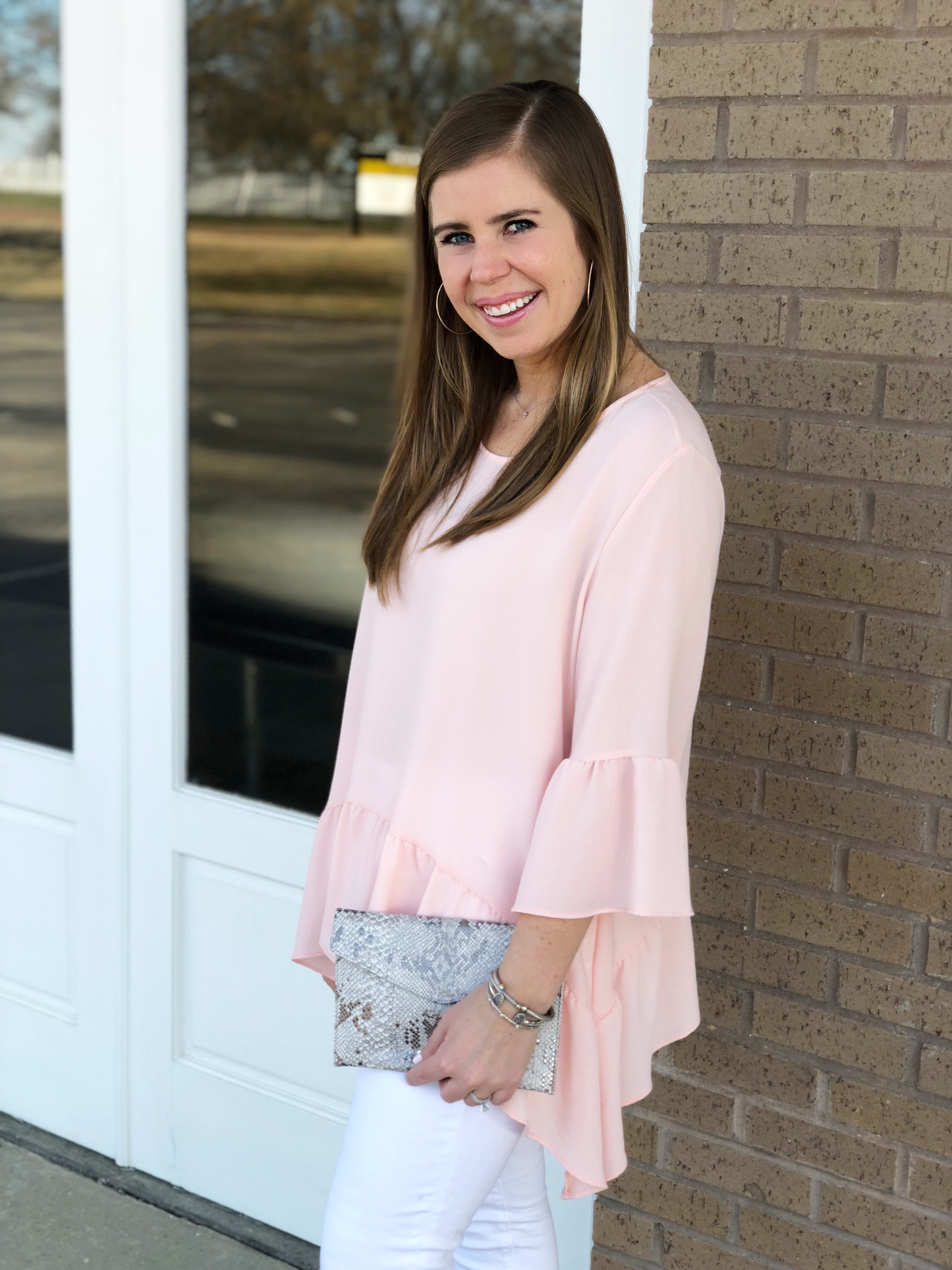 Pink Top  //  White Jeans //  Clutch