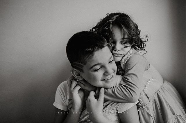 Amor de irmão ❤️❤️⠀⠀⠀⠀⠀⠀⠀⠀⠀ ⠀⠀⠀⠀⠀⠀⠀⠀⠀ ⠀⠀⠀⠀⠀⠀⠀⠀⠀ .⠀⠀⠀⠀⠀⠀⠀⠀⠀ .⠀⠀⠀⠀⠀⠀⠀⠀⠀ .⠀⠀⠀⠀⠀⠀⠀⠀⠀ .⠀⠀⠀⠀⠀⠀⠀⠀⠀ .⠀⠀⠀⠀⠀⠀⠀⠀⠀ .⠀⠀⠀⠀⠀⠀⠀⠀⠀ .⠀⠀⠀⠀⠀⠀⠀⠀⠀ .⠀⠀⠀⠀⠀⠀⠀⠀⠀ .⠀⠀⠀⠀⠀⠀⠀⠀⠀ .⠀⠀⠀⠀⠀⠀⠀⠀⠀ .⠀⠀⠀⠀⠀⠀⠀⠀⠀ .⠀⠀⠀⠀⠀⠀⠀⠀⠀ .⠀⠀⠀⠀⠀⠀⠀⠀⠀ .⠀⠀⠀⠀⠀⠀⠀⠀⠀ .⠀⠀⠀⠀⠀⠀⠀⠀⠀ .⠀⠀⠀⠀⠀⠀⠀⠀⠀ .⠀⠀⠀⠀⠀⠀⠀⠀⠀ .⠀⠀⠀⠀⠀⠀⠀⠀⠀ .⠀⠀⠀⠀⠀⠀⠀⠀⠀ .⠀⠀⠀⠀⠀⠀⠀⠀⠀ .⠀⠀⠀⠀⠀⠀⠀⠀⠀ .⠀⠀⠀⠀⠀⠀⠀⠀⠀ .⠀⠀⠀⠀⠀⠀⠀⠀⠀ .⠀⠀⠀⠀⠀⠀⠀⠀⠀ .⠀⠀⠀⠀⠀⠀⠀⠀⠀ .⠀⠀⠀⠀⠀⠀⠀⠀⠀ .⠀⠀⠀⠀⠀⠀⠀⠀⠀ .⠀⠀⠀⠀⠀⠀⠀⠀⠀ .⠀⠀⠀⠀⠀⠀⠀⠀⠀ .⠀⠀⠀⠀⠀⠀⠀⠀⠀ #fotografiabrasilia #brasilia #brasiliadf #maesamigasdf #familiabrasilia #familiabsb #bebêsdebrasília #maternidadebrasilia #ensaionewbornbrasilia #lagosul #lagonorte #newbornbsb #ensaiodefamiliabsb  #maesdf #bebesdebrasilia  #mãesdebrasilia  #fotografiabrasilia  #thephotographerwithin #recemnascidobrasilia  #unraveledacademy  #fotografosdebrasilia #fotografiainfantilbsb #gravidasbrasilia #ensaiogestantebrasilia⠀⠀⠀⠀⠀⠀⠀⠀⠀ #newbornbrasilia #gravidasdebrasilia  #fotografosdf  #fotografodebrasilia  #gestantedf  #gestantebrasilia